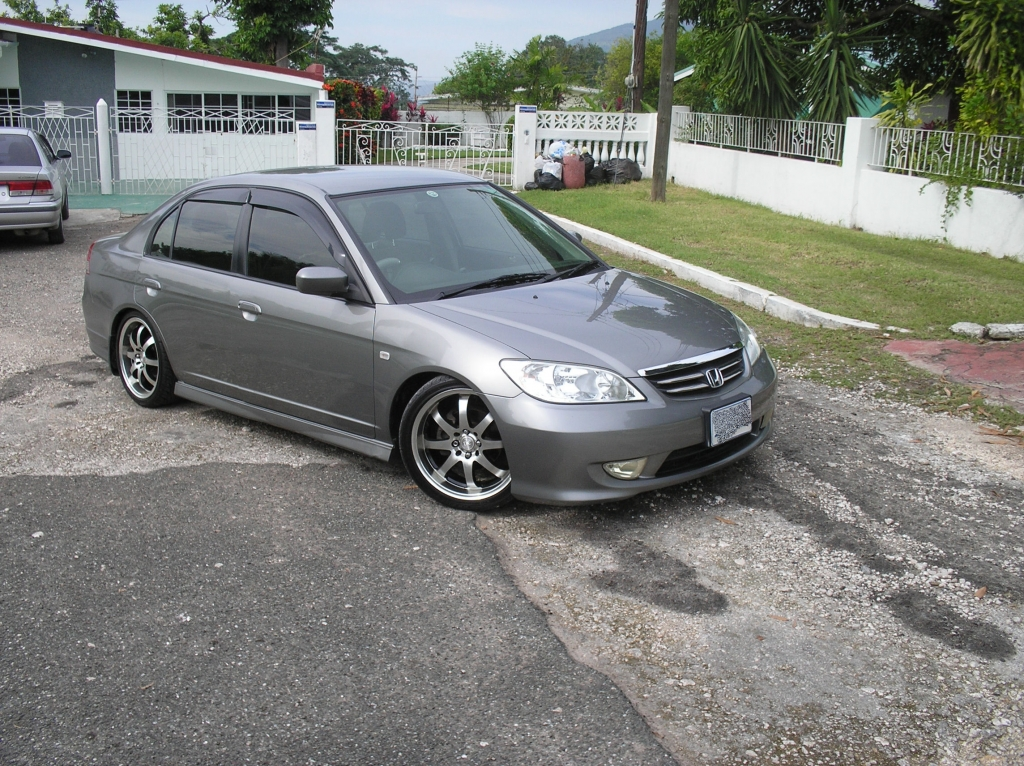 Fatherlay's Civic In Jamaica