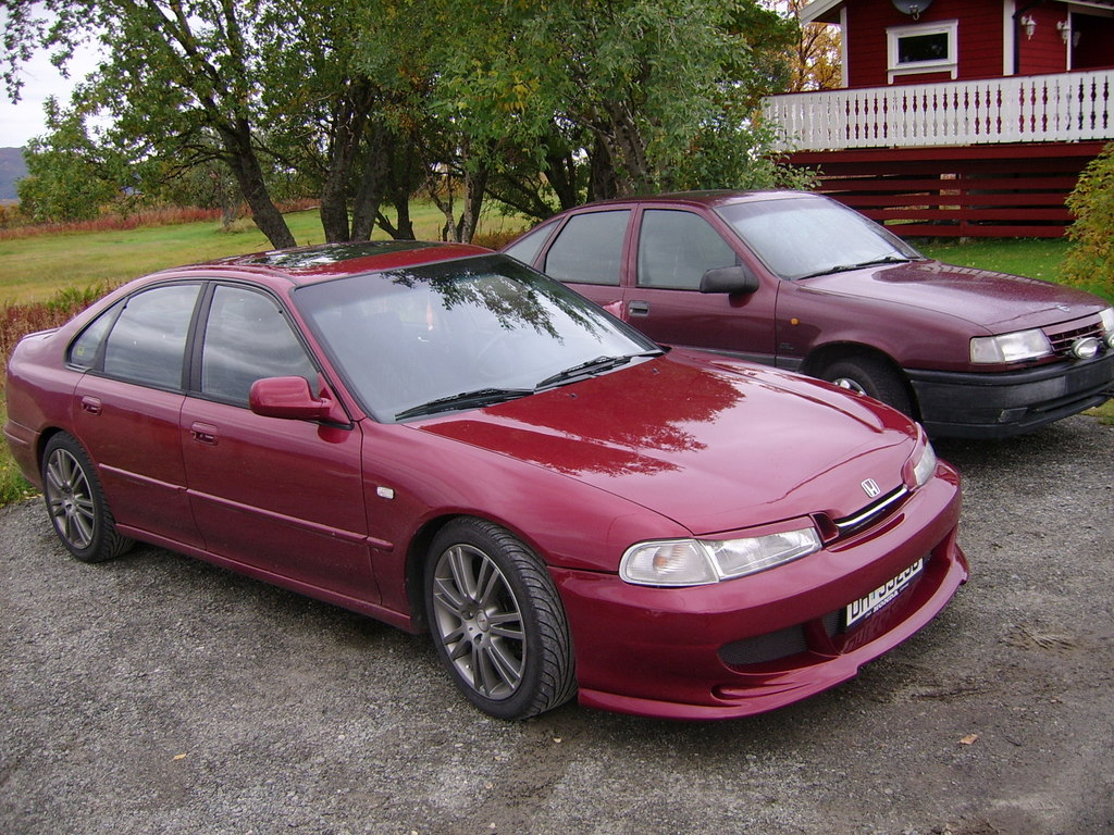 Honda Accord 2,3i SR